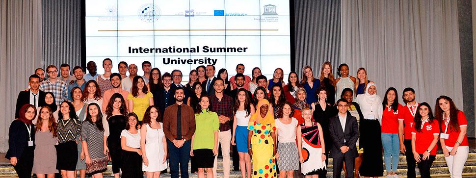 Beynəlxalq yay universitetinin bağlanış mərasimi keçirilib