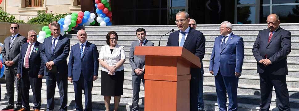 """Şuşa şəhər 1 nömrəli tam orta məktəbdə """"Son zəng"""" tədbiri"""